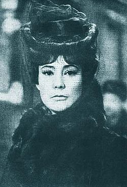 Samoilova as Anna Sovjet screen version of Tolstoy's novel